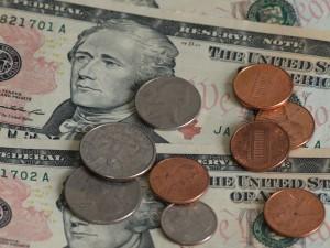 小金と大金。どちらを掴むかは生涯顧客価値に掛かっている